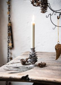 Pinecone candleholder zinc EW-5291