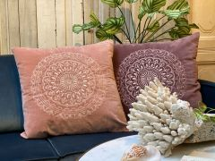 Cushion cover plum