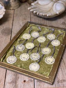 Clock set small