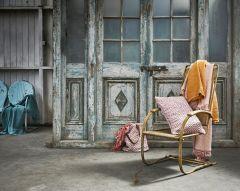 Cushion handloom pink